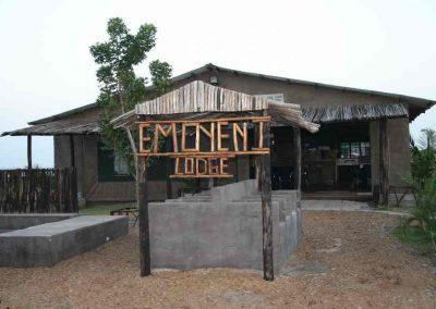 Emoyeni-Dive-Lodge-4
